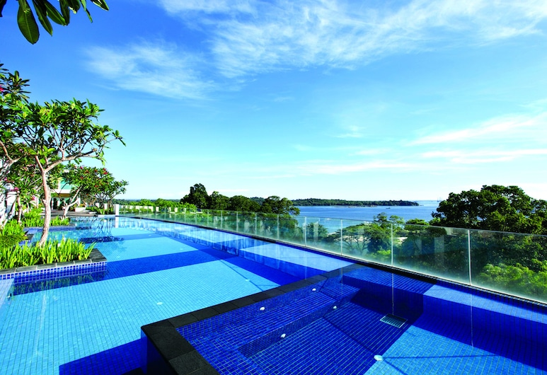 Village Hotel Changi by Far East Hospitality, Singapore, Infinity Pool