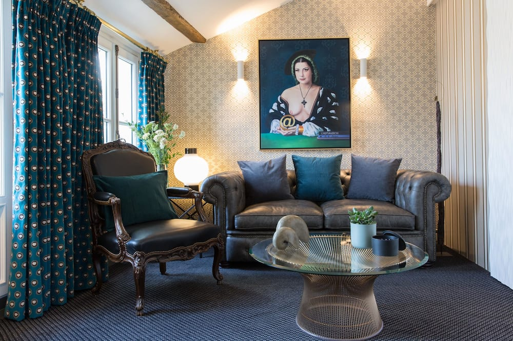 Suite, Terrace - Living Room