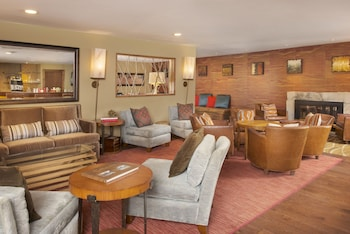 Enter your dates to get the best Avon hotel deal
