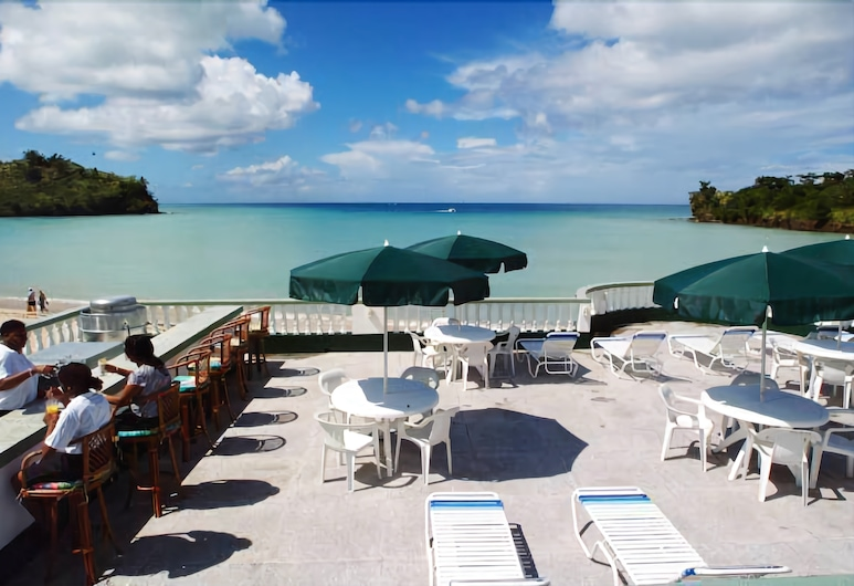 Gem Holiday Beach Resort, סנט ג'ורג', שטחי הנכס