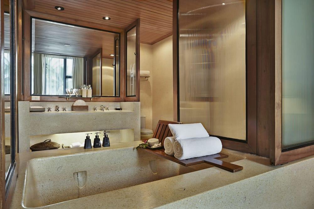 Club Lagoon Room with 60 minutes Spa Massage - Koupelna