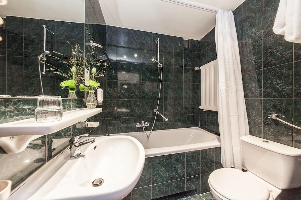 Basic Twin Room (Single Use) - Bilik mandi