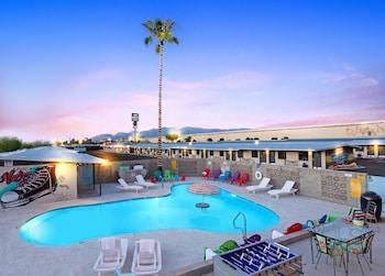 Picture of Hotel McCoy - Art, Coffee, Beer, Wine in Tucson