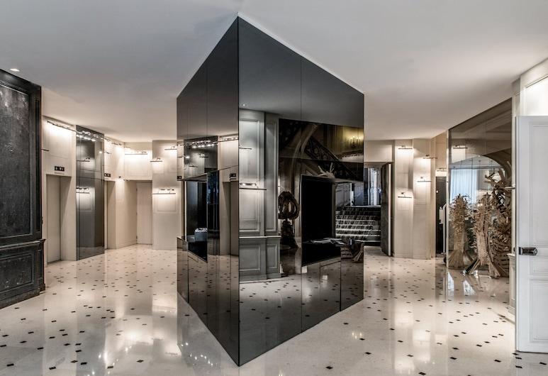 La Maison Champs Elysées, Paris, Lobby