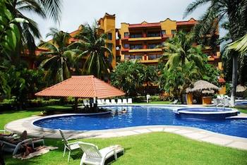 Picture of Puerta Del Mar Hotel in Ixtapa