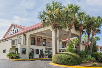Picture of Days Inn by Wyndham Destin in Destin