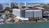 Choose This Luxury Hotel in Clearwater Beach