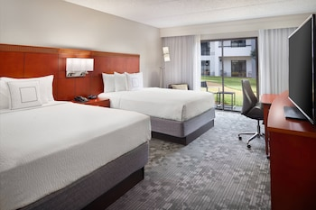 תמונה של Courtyard by Marriott Atlanta Airport South/Sullivan Road בקולג' פארק