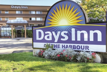 תמונה של Days Inn by Wyndham Victoria On The Harbour בויקטוריה