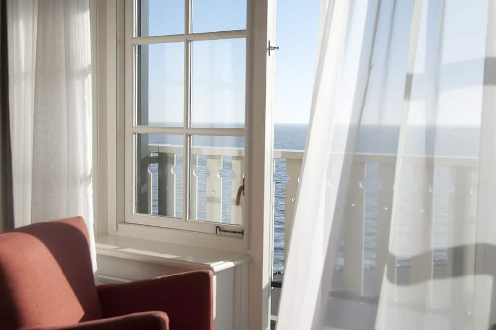 Двухместный номер «Делюкс» с 2 односпальными кроватями, 2 односпальные кровати, вид на озеро - Балкон