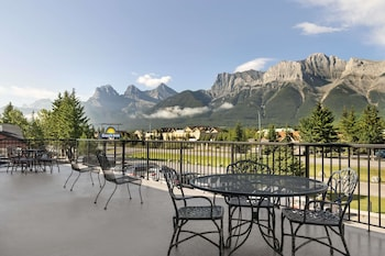 Picture of Days Inn by Wyndham Canmore in Canmore