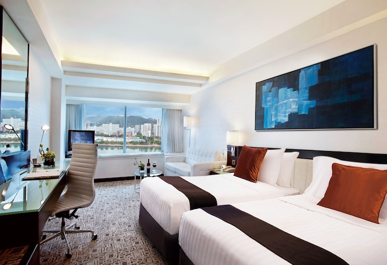 Regal Riverside Hotel, Sha Tin, Executive Club Room, Guest Room