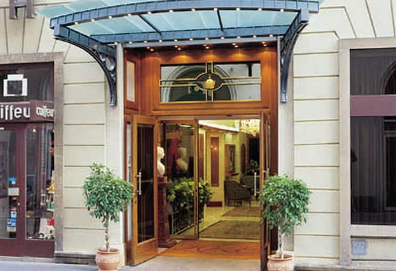Hotel Kaiserin Elisabeth, Viena, Entrada do hotel