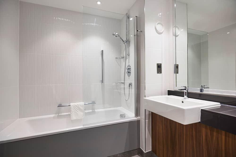 Chambre, 1 grand lit, non-fumeurs - Salle de bain