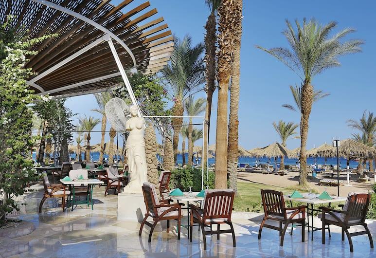 Fayrouz Resort, Sharm el-Sheikh, Standardværelse med dobbeltseng eller 2 enkeltsenge - 1 soveværelse - ikke-ryger - udsigt til have, Terrasse/patio