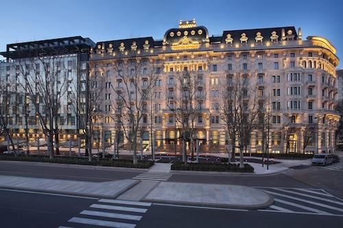 高盧艾美酒店
