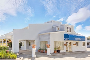 Picture of Travelodge by Wyndham Mill Valley/Sausalito in Mill Valley