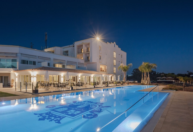 Dona Filipa Hotel, Almancil