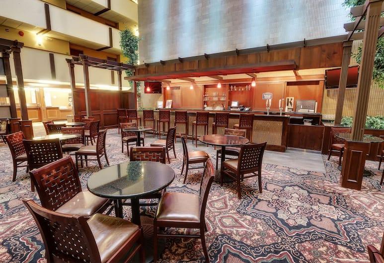 Clarion Hotel Convention Center, Minot, Bar khách sạn