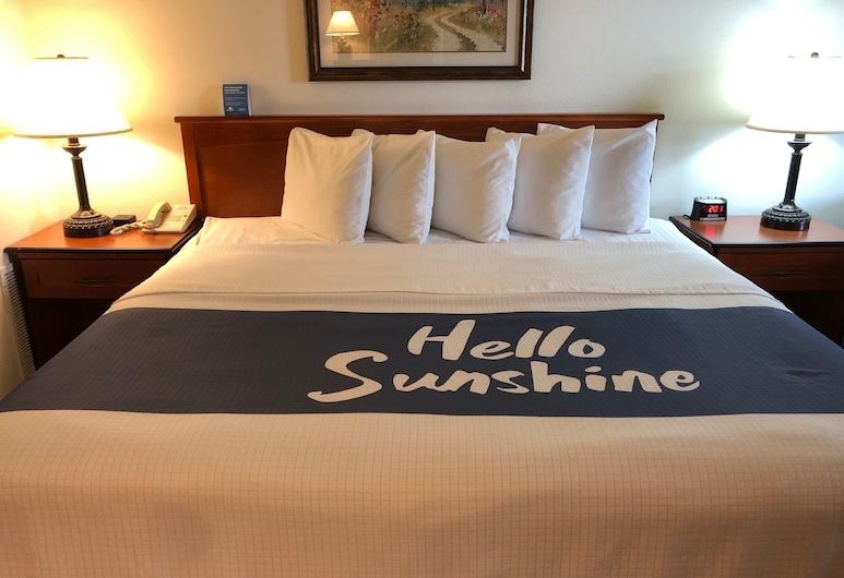 Days Inn by Wyndham Coeur d'Alene, Кюр Д`Ален, Стандартный номер, 1 двуспальная кровать «Кинг-сайз», Номер