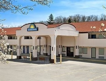 Picture of Days Inn Monroeville Pittsburgh in Monroeville