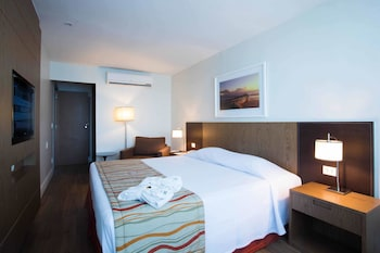 Choose This Beach Hotel in Rio de Janeiro -  - Online Room Reservations
