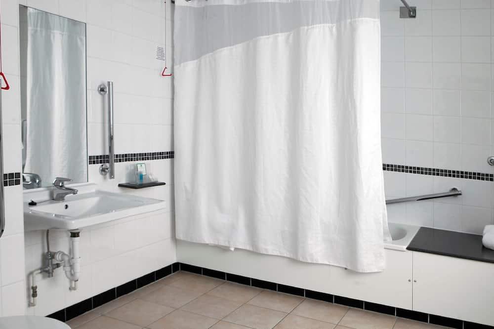 Zimmer, Nichtraucher - Badezimmer