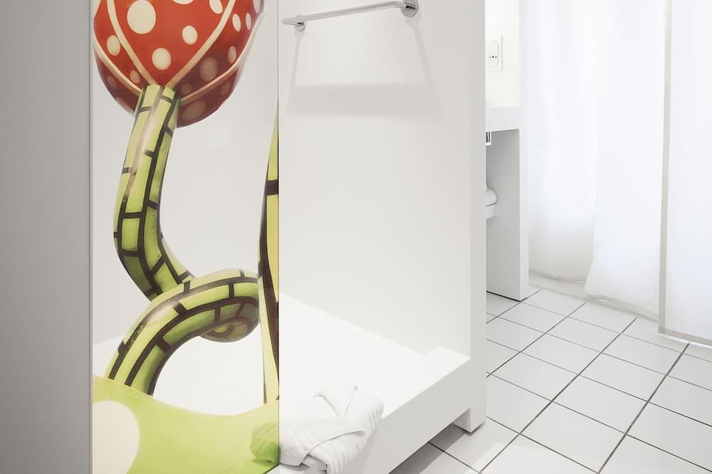 Klasikinio tipo dvivietis kambarys, 1 standartinė dvigulė lova - Vonios kambarys