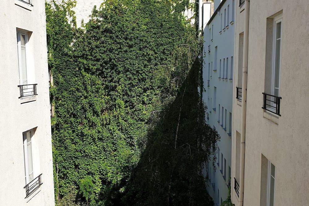 Club-Zweibettzimmer - Blick auf den Innenhof