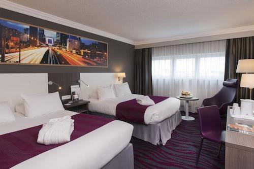 巴黎奧利機場假日酒店/