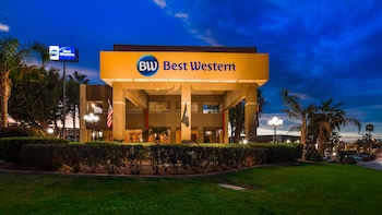 15 Closest Hotels to Cocopah Bend RV Resort Golf Course in