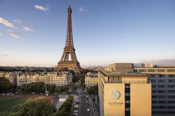 파리의 풀먼 파리 타워 에펠 사진