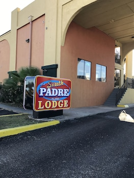 Choose This Cheap Hotel in South Padre Island