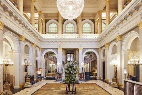 倫敦維多利亞克萊蒙特飯店/
