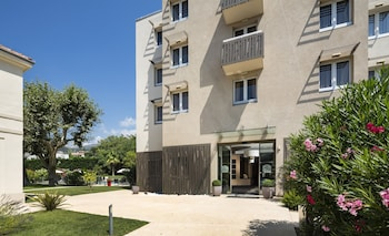 Book this In-room accessibility Hotel in Grasse