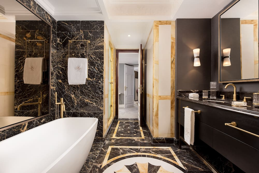 Королівський номер-люкс, 1 спальня, для некурців, з краєвидом - Ванна кімната