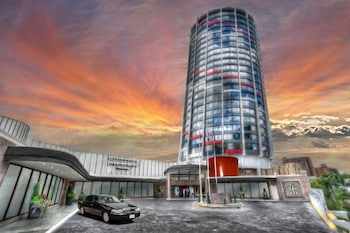 Picture of Chateau Lacombe Hotel in Edmonton