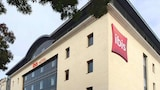 Book this Parking available Hotel in Rouen