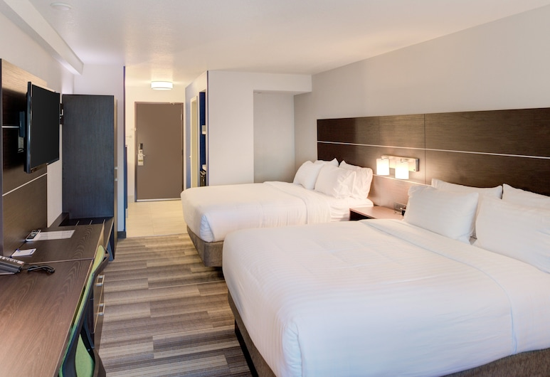 Holiday Inn Express Newberg - Wine Country, an IHG Hotel, ניוברג, חדר, 2 מיטות קווין, ללא עישון, חדר אורחים