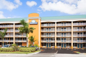 Picture of Days Inn by Wyndham Fort Lauderdale-Oakland Park Airport N in Fort Lauderdale