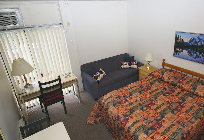 Alexandra Hotel, Toronto, Standard Room, 1 Queen Bed, Guest Room