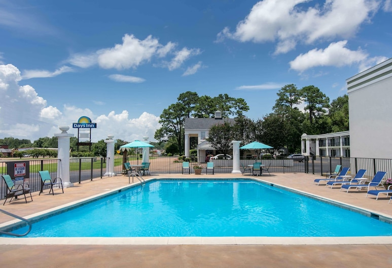 Days Inn by Wyndham Natchez, Natchez, Pool