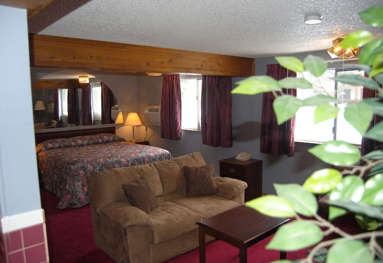 Knights Inn Evanston, Evanston, Suite, 1 King Bed, Hot Tub, Guest Room