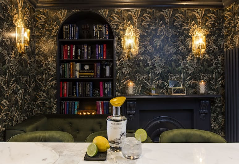 The Academy, Londen, Hotelbar