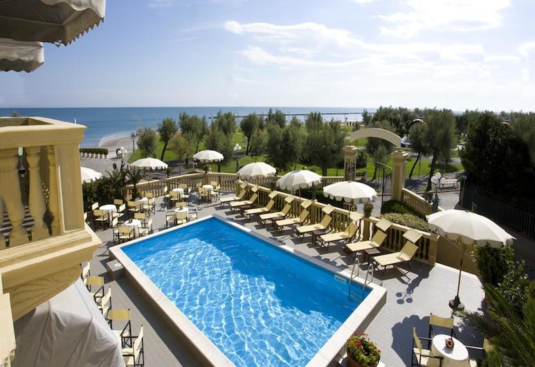 Grand Hotel Vittoria, Pesaro, Außenpool