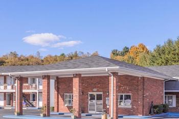 Picture of Days Inn by Wyndham Jefferson in Jefferson