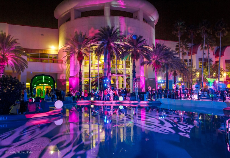Rosen Centre Hotel, Orlando, Property Grounds