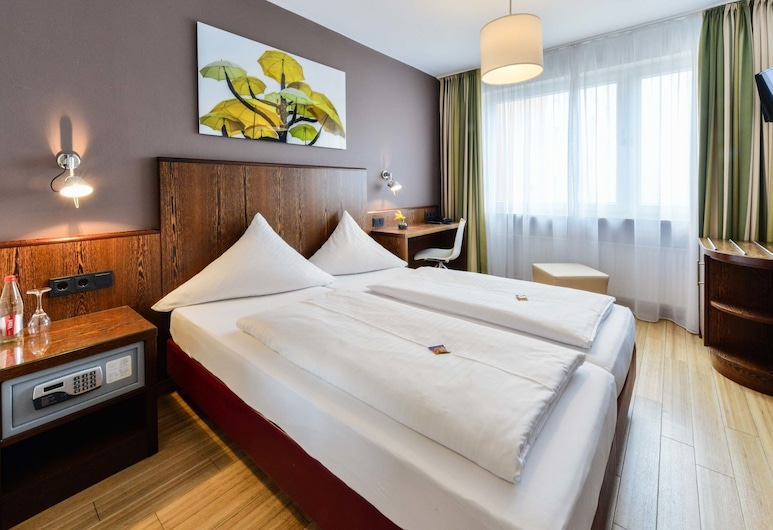 Westend Hotel, Munich, Standard Double or Twin Room, Guest Room