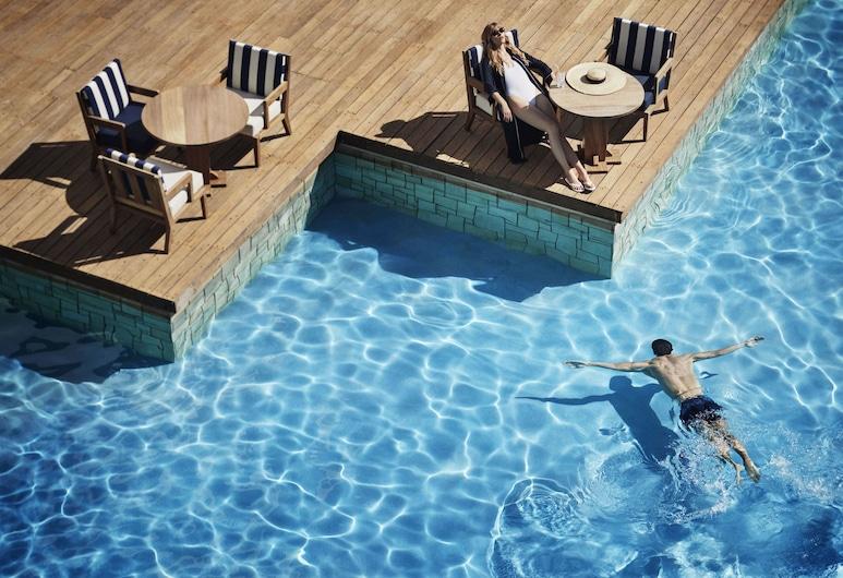 Annabelle, Пафос, Відкритий басейн