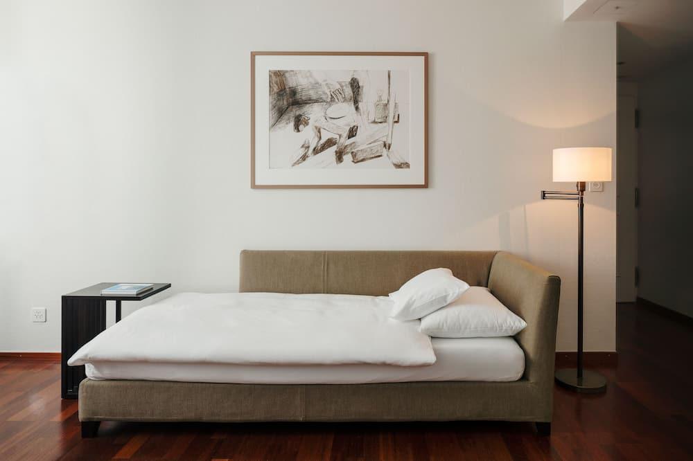 Boutique Triple Room - Living Room